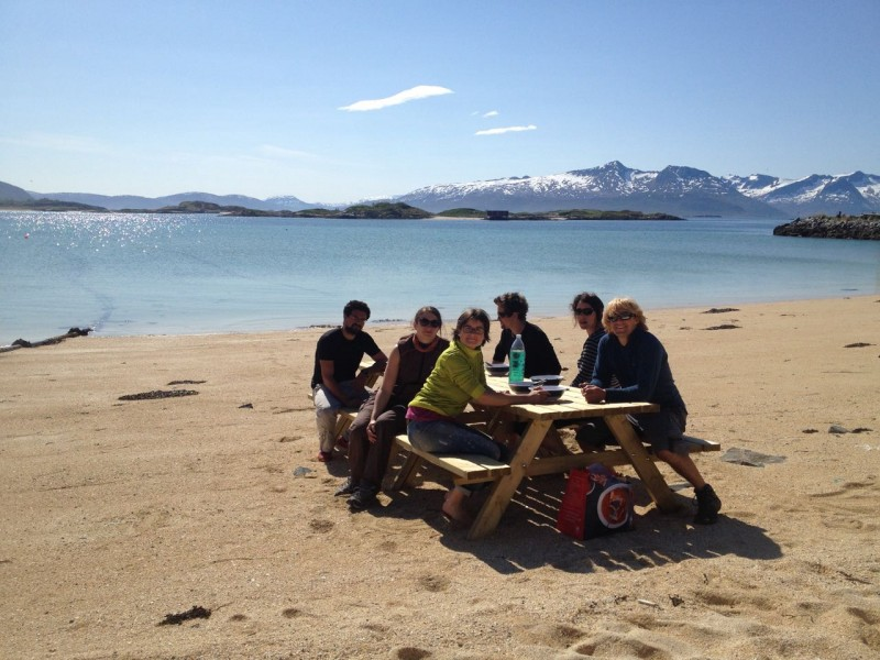 2016.05.27- the team 69Nord 2016- lunch time - Olivier Pitras -1303