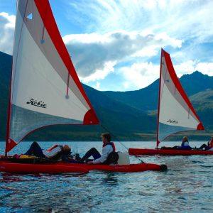 Kayak a voile en location chez 69Nord Sommaroy Outdoor Center vers Fjordgård