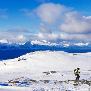 Vacances sportives à Tromso avec raquettes et voiles dans les Lyngen Alpes