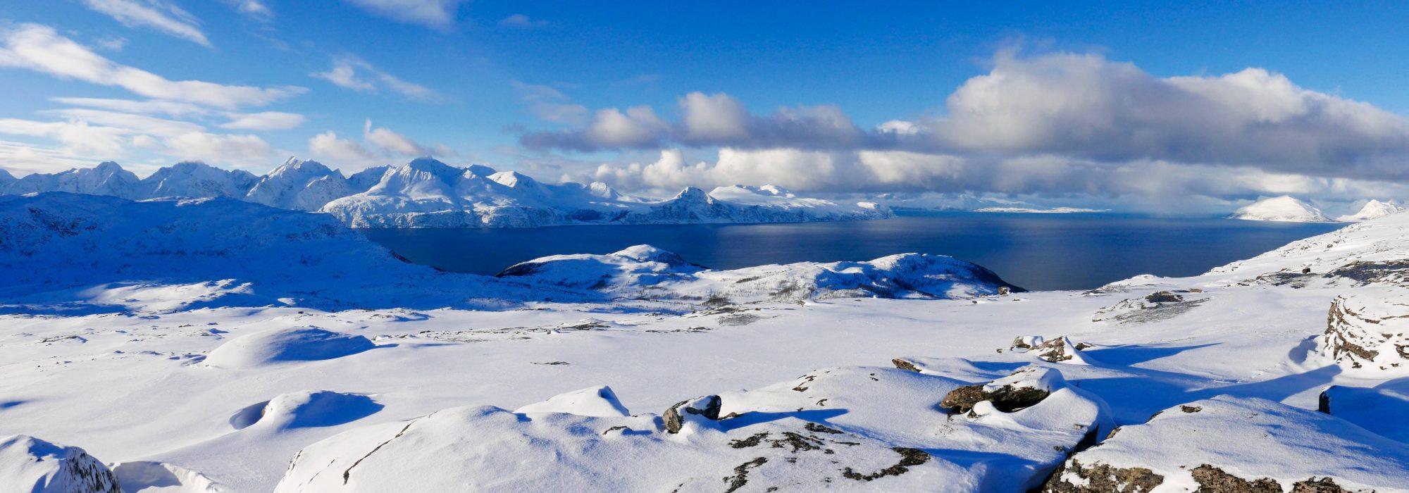 Sortie raquettes vers Tromso avec 69 NORD