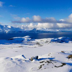 Randonnée en raquettes vers Tromso avec 69 NORD