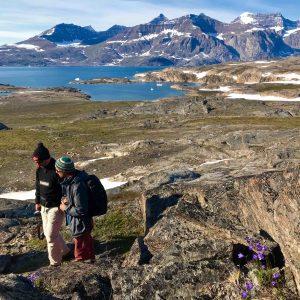 Randonnée pédestre dans l'arctique avec la location de séjour en voilier 69 NORD