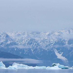 Voir les glaciers de l'arctique en expédition polaire avec 69 NORD