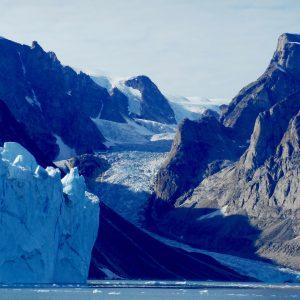 Glacier dans Ofjord avec 69 NORD